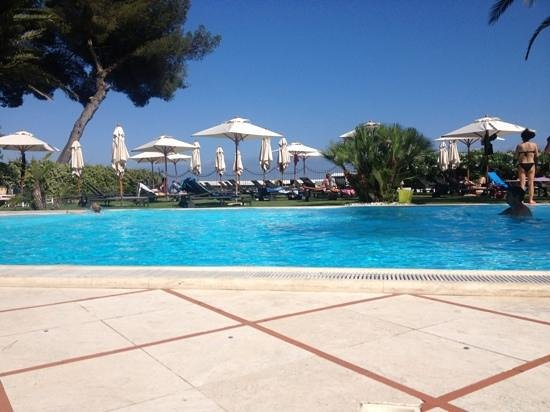 Pantarei pool garden Beach