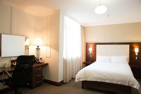 Splendid Inn Pinetown : Guest Bedroom