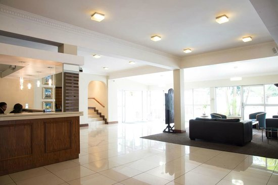 Premier Hotel Pinetown: Reception