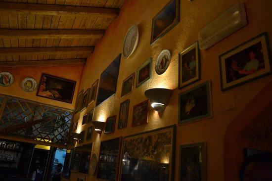 Da Robertino: Great photos and lighting!