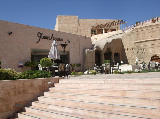 Crowne Plaza Resort Petra: Cave Bar