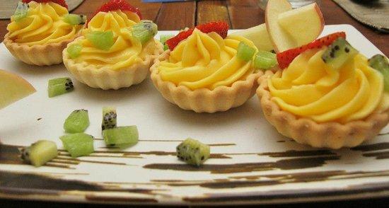 Le Winch: Lemon Tartlets