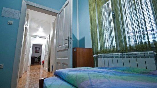 Hostel Capital Belgrade : Twin room