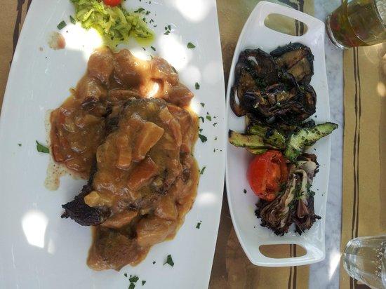 Il Vecchio Cigno : filetto con porcini e verdure grigliate