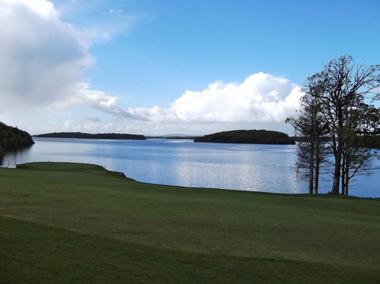 Lough Erne Resort : The beautiful lough in daytiime