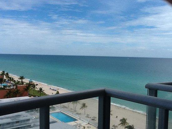 Marenas Beach Resort: vista 1