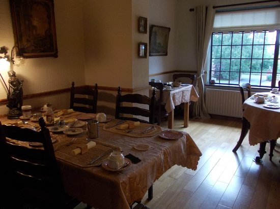 Bunratty Heights Bed and Breakfast: breakfast room