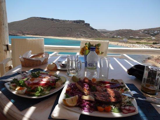 Panormos Village: pause gourmande