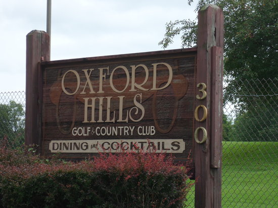 Oxford Hills Golf & Country Club