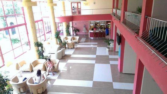 Hotel Longosa: Lobby