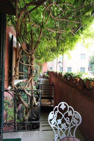 Hotel Locanda Fiorita : Balcon
