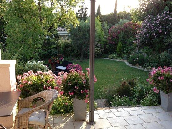 Le Clos du Jas : Le beau jardin du logis