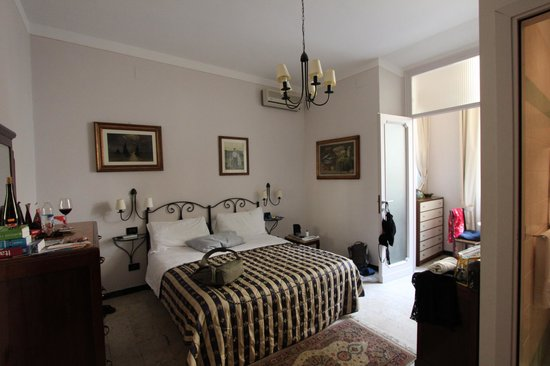 Badia Fiorentina Bed and Breakfast: Chambre
