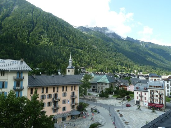 Park Hotel Suisse & Spa: View from first room to the square