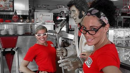 Route 66 : 2 of our beautiful, friendly waitresses with Elvis.