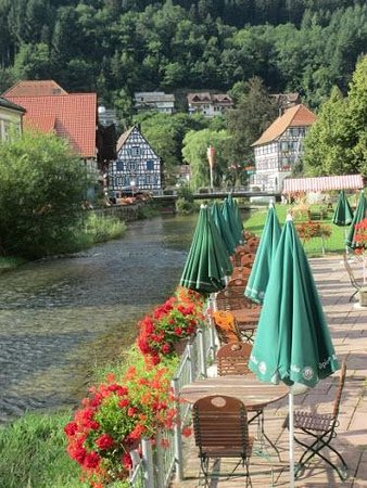 Zur Alten Brücke: We sat at these tables along the river