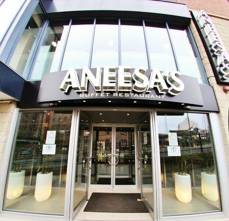 Aneesa's Buffet Restaurant : Front Entrance