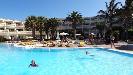 Iberostar Lanzarote Park: Pool area for block C