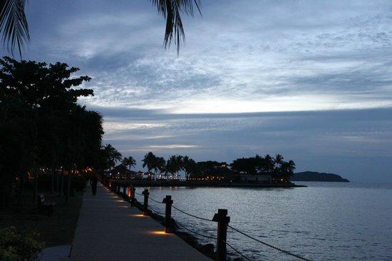 Shangri-La's Tanjung Aru Resort & Spa: More of that gorgeous view