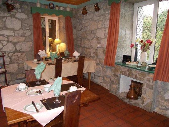 Tuar Beag: breakfast room