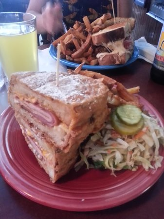 Melt Bar and Grilled: The heavenly Monte Cristo