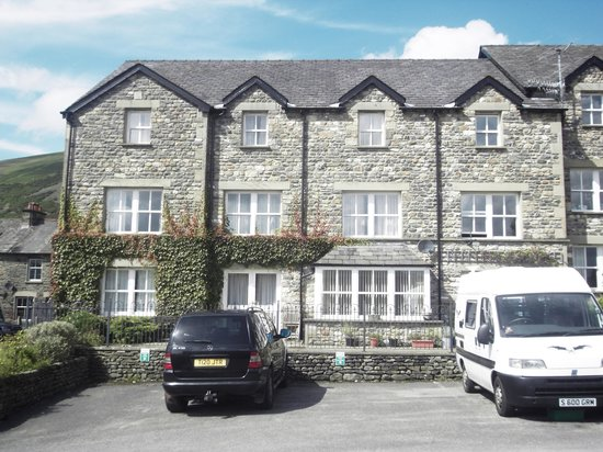 Howgills Guest House & Apartments
