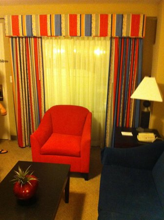 Embassy Suites by Hilton Fort Myers - Estero: Sitting Room