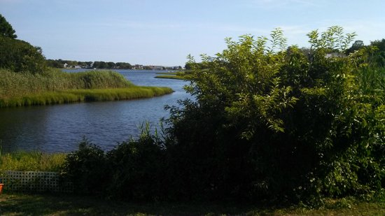 Howard Johnson Inn Cape Cod Area: Room with a View!