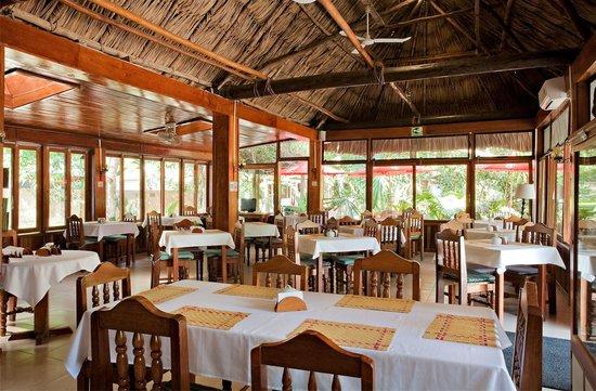 Hotel Jaguar Inn Tikal Restaurant Area