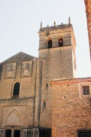 Monasterio del Parral: Fachada y torre