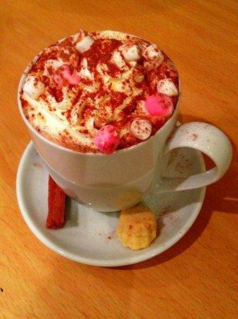 Streetlights: Yummy Hot Chocolate