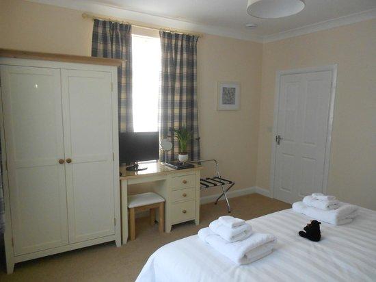 Bracken Lodge Bed & Breakfast: Tasteful furnishings in room 1, Bracken Lodge