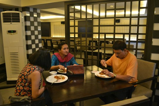 Formule1 Greater Noida Hotel: Dining At