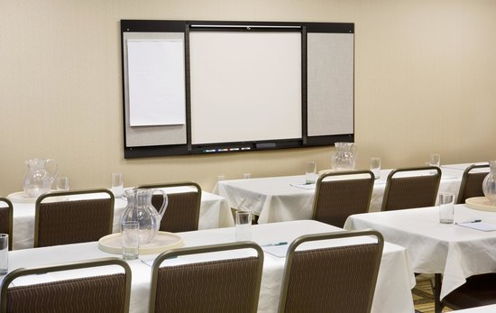 Homewood Suites by Hilton Newport Middletown: Conference Room