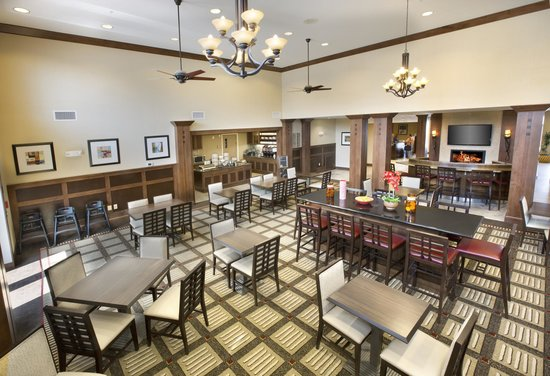Homewood Suites by Hilton Newport Middletown: Dining Room
