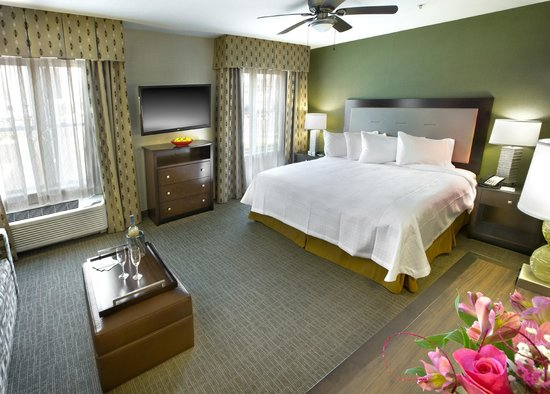 Homewood Suites by Hilton Newport Middletown: King Suite