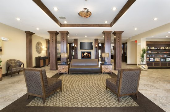 Homewood Suites by Hilton Newport Middletown: Lobby