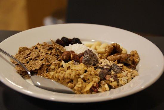 Hotel Tornet: Breakfast