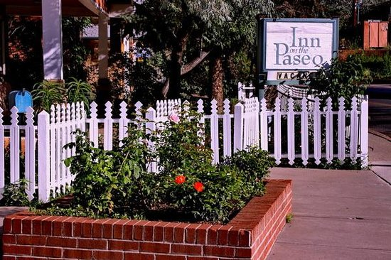 Inn on the Paseo: 15-minute walk to the Plaza