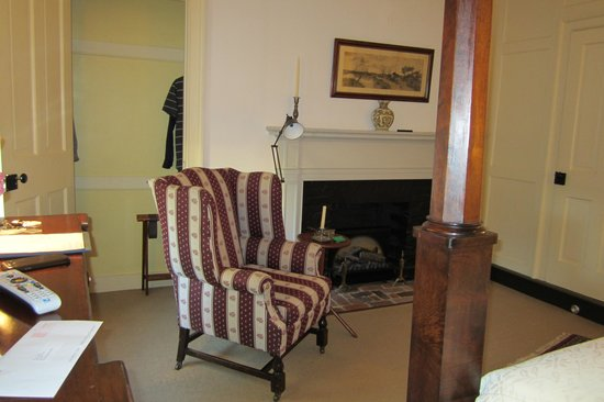 Rachael's Dowry Bed and Breakfast: Randolph Room