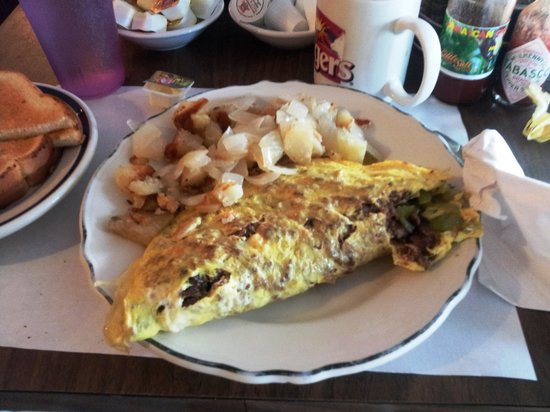 Hideout Restaurant: Philly Omelet