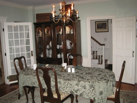 Mary's Meadow B&B at Fernwood Farm : Dining Room