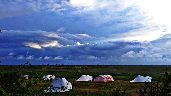 Campingplatz Palisadendiek: Nordseewetter am Zeltplatz