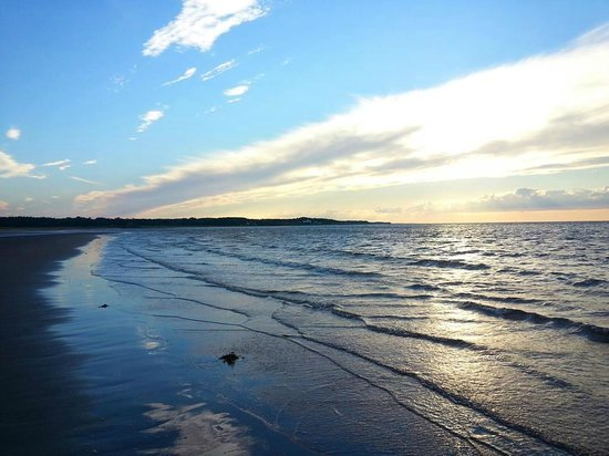Waterview Rooms & Restaurant: Waterside beach provincial park, Pictou