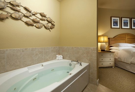 Sheraton Broadway Plantation Resort Villas: Jetted Tub