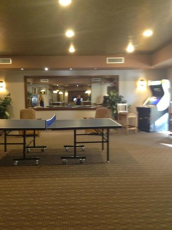 Cancun Resort: Game Room