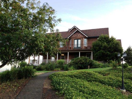Youngberg Hill: Beautiful house