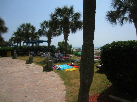 The Breakers Resort: View of one of many lawn areas to lounge and play.