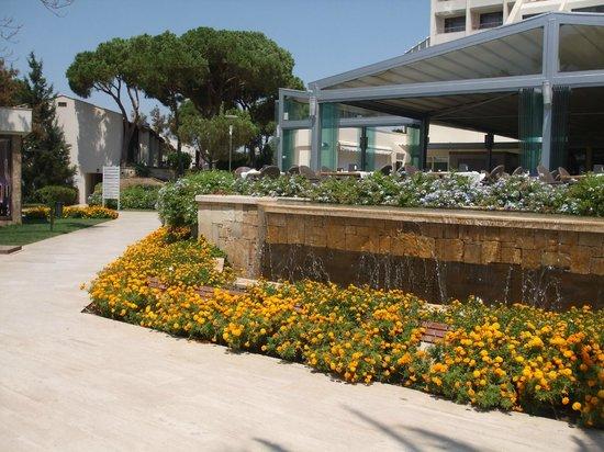 SENTIDO Zeynep Golf & Spa: Resort Grounds