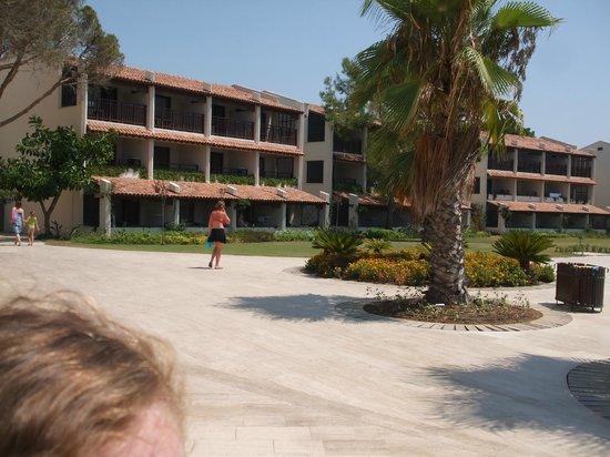 SENTIDO Zeynep Golf & Spa: Bungalows at Resort Hotel